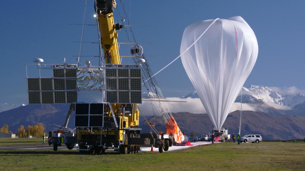 Супер-тигровый воздушный шар NASA разбивает рекорды при сборе данных