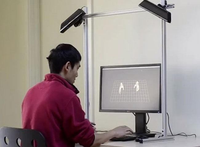 Два Kinects достаточно, чтобы отслеживать движение ваших кончиков пальцев