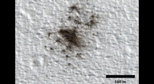 Исследователь NASA считает что космические скалы влияют на Марс
