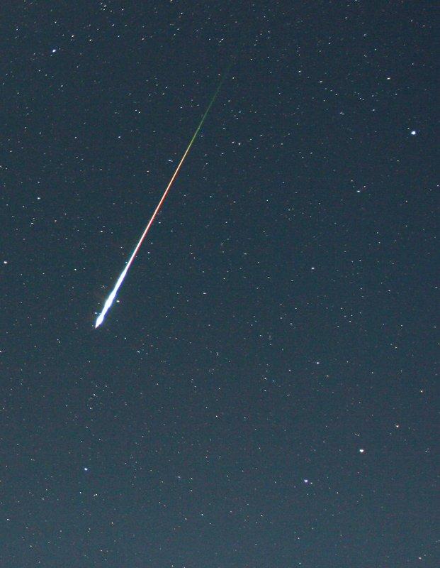 Отображение тонн метеорной пыли в небе